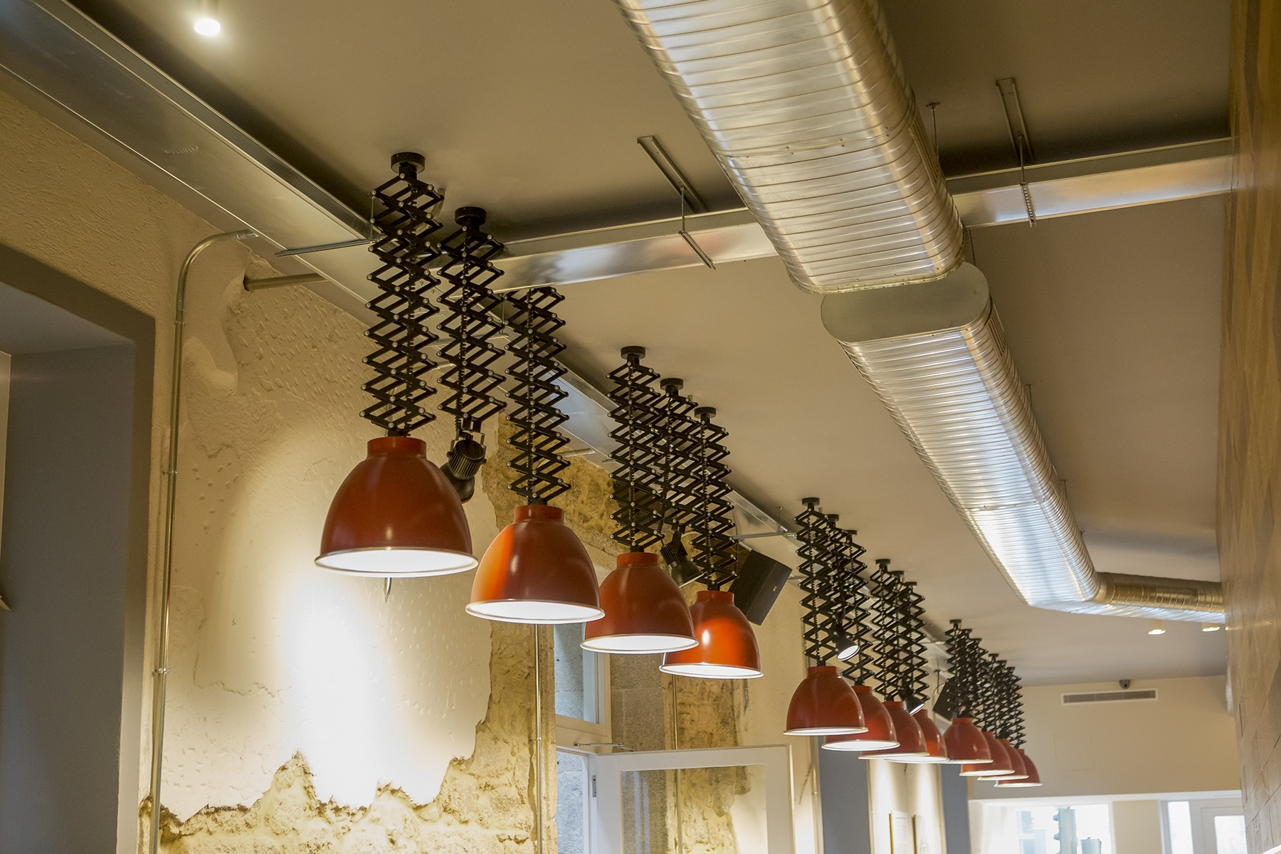 Caffee_Vecchio_Lighting