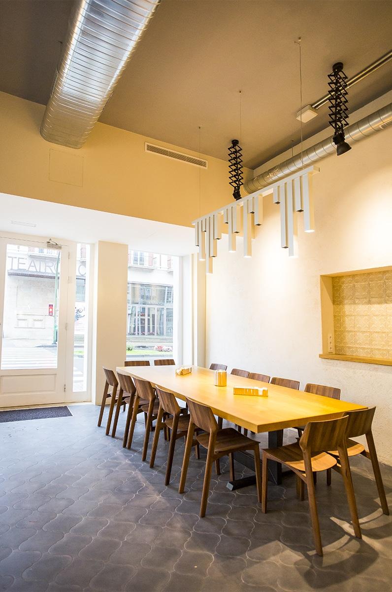 Caffee_Vecchio_Table