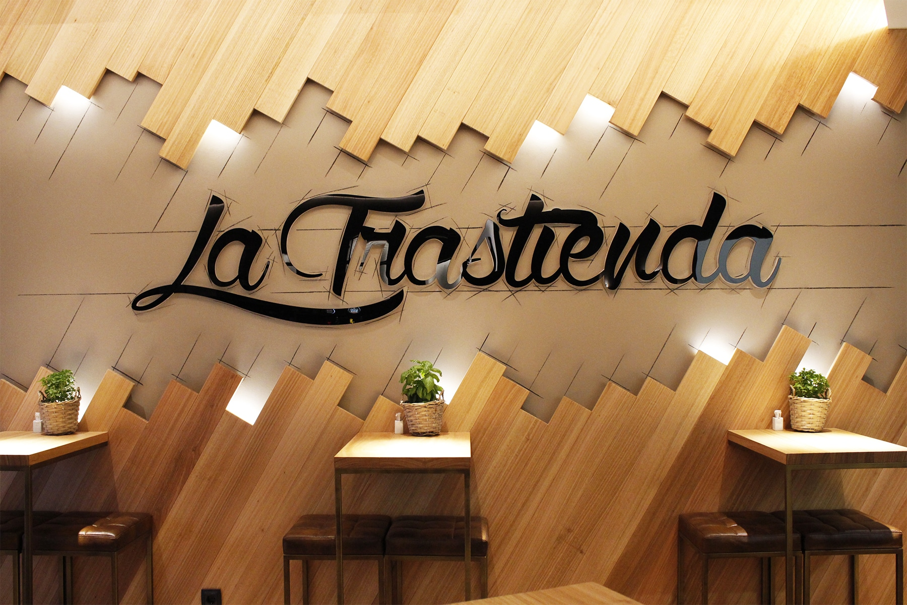 Gastrobar_LaTrastienda_Furniture