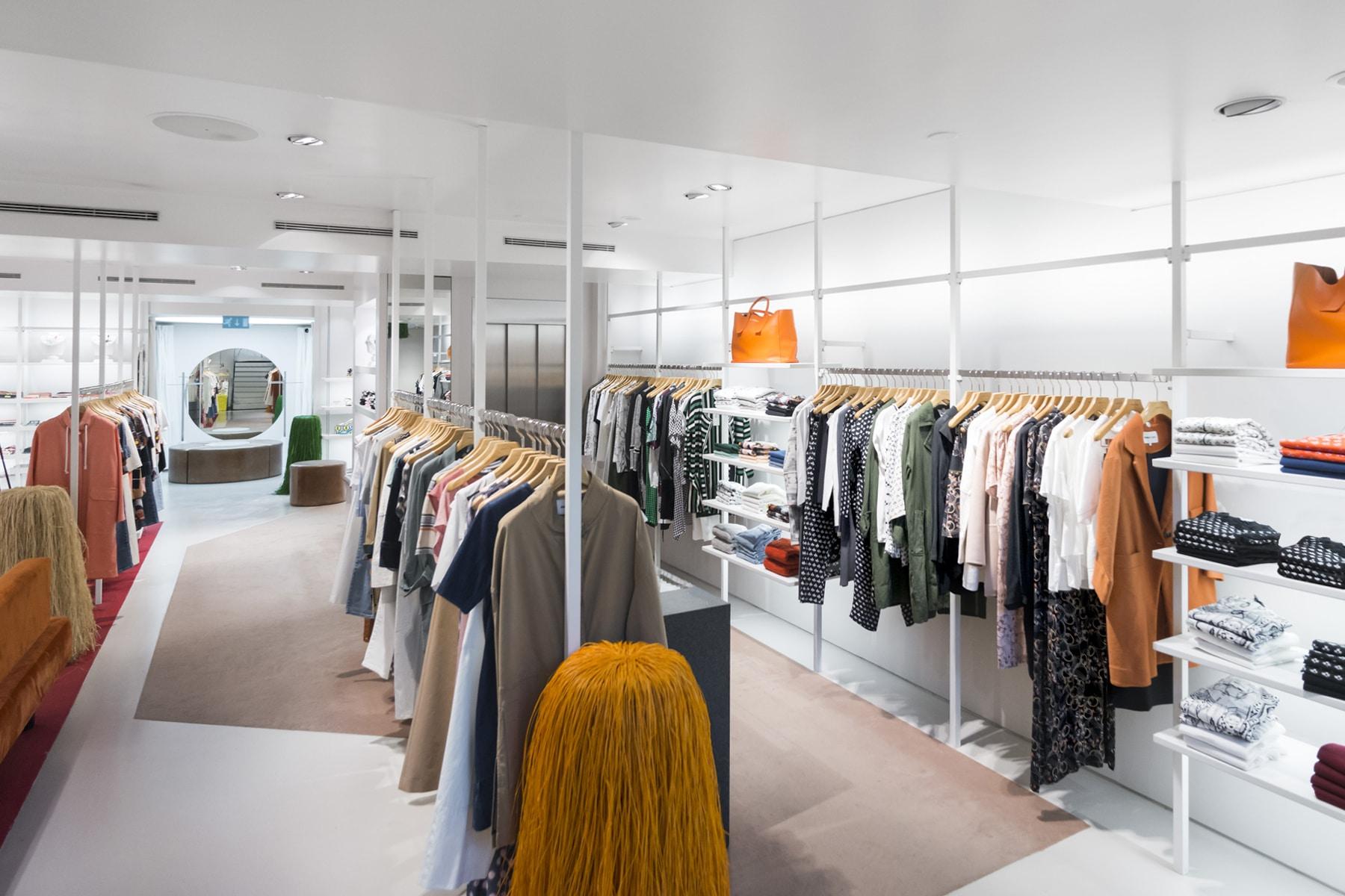 Bimba&Lola_Store_Hanging