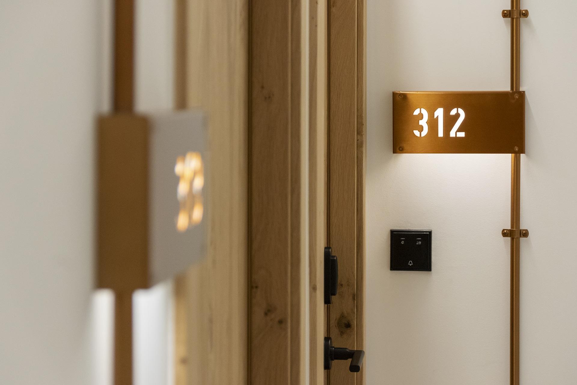 Silgar92_Hotel_Roomnumbers