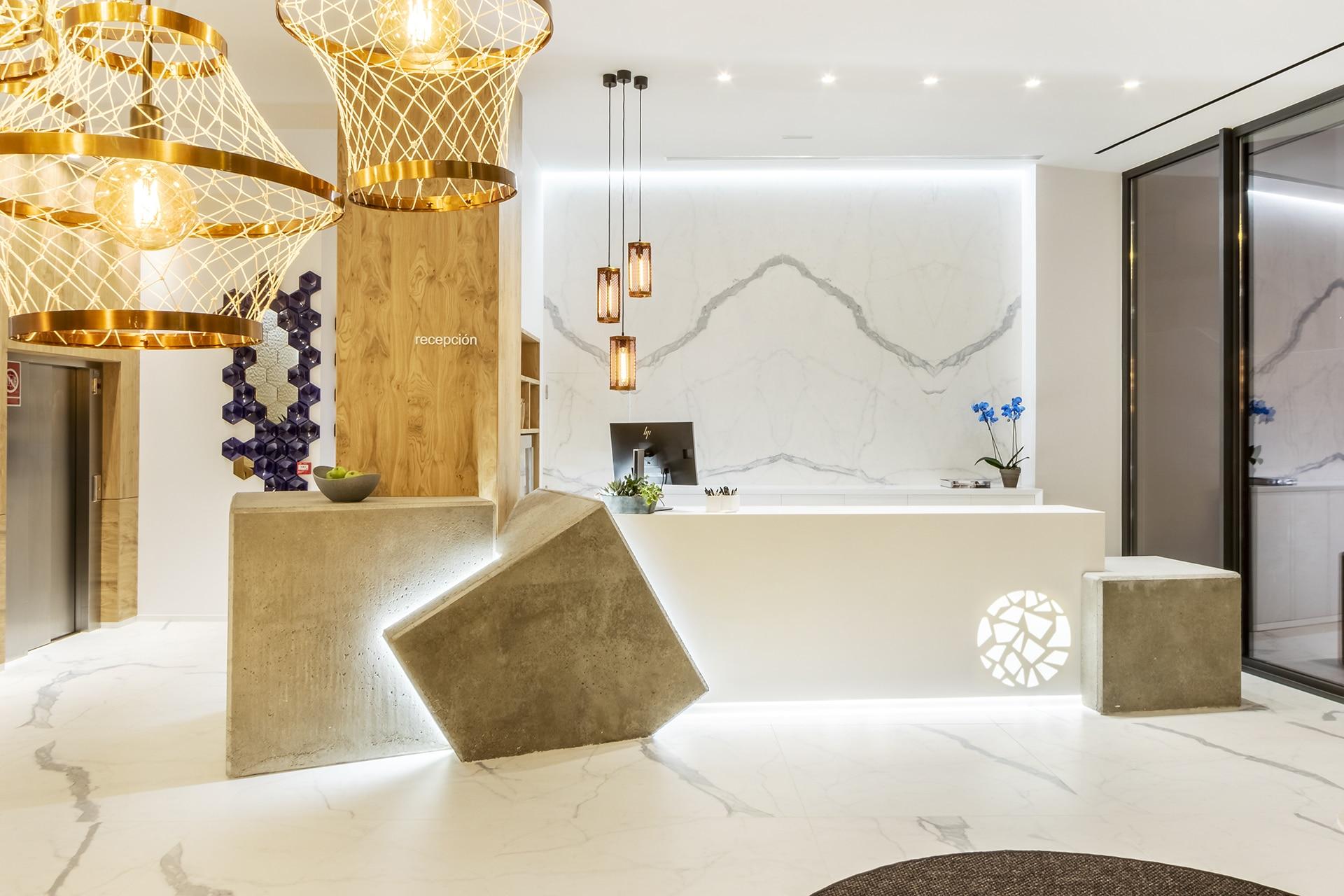 Silgar92_Hotel_Receptionfront