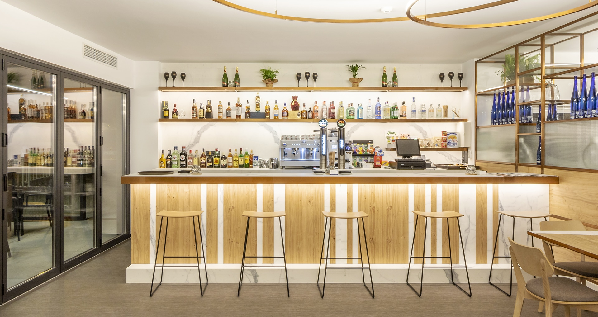 Silgar92_Hotel_Bar
